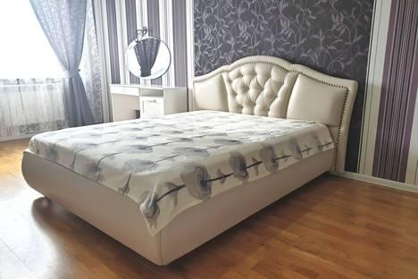 Сдается 2-комнатная квартира посуточно в Бийске, Красногвардейская улица, 68.