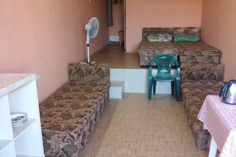 Сдается комната посуточно в Симеизе, Республика Крым, городской округ Ялта,улица Алексея Ганского.