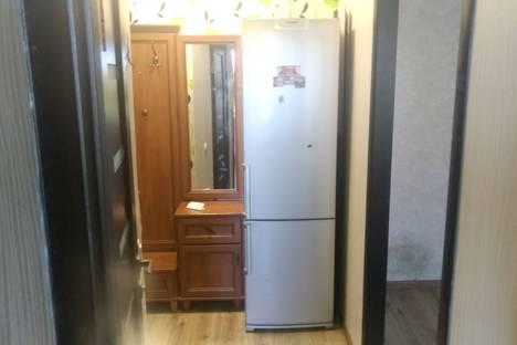 Сдается 2-комнатная квартира посуточно в Севастополе, улица Павла Дыбенко, 2.