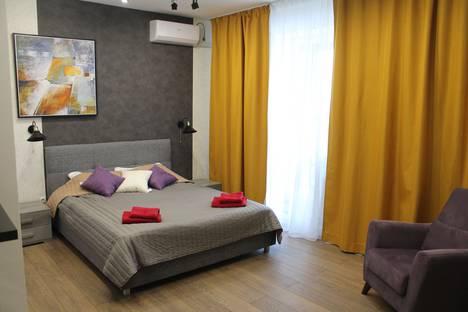 Сдается 1-комнатная квартира посуточно в Тюмени, Первомайская улица, 50.