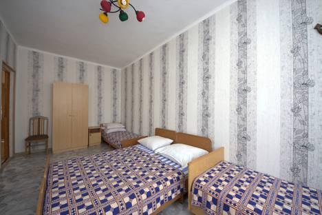 Сдается комната посуточно, Краснодарский край,улица Тургенева, 98Б.