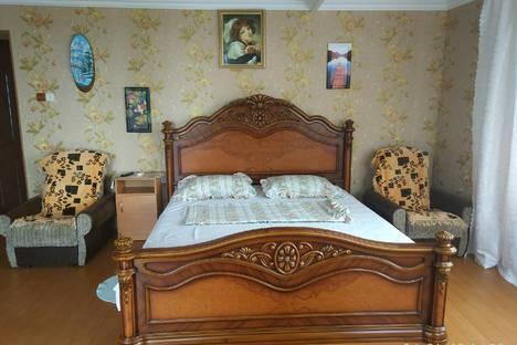 Сдается 2-комнатная квартира посуточно в Симеизе, Республика Крым, городской округ Ялта,Красномаякская улица, 1А.