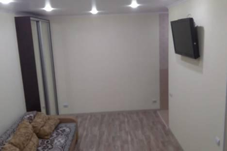 Сдается 1-комнатная квартира посуточно, улица Охраны Труда, 3.