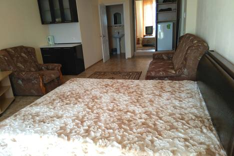 Сдается 1-комнатная квартира посуточно в Саках, Республика Крым,улица Морская 4.