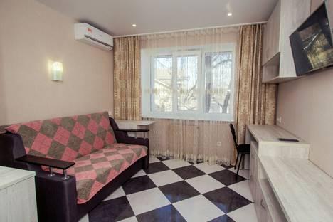 Сдается 1-комнатная квартира посуточно в Днепре, проспект Гагарина, 76.
