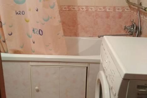Сдается 1-комнатная квартира посуточно в Приморском, г.Феодосия,ул. Советская 18, кв.13.