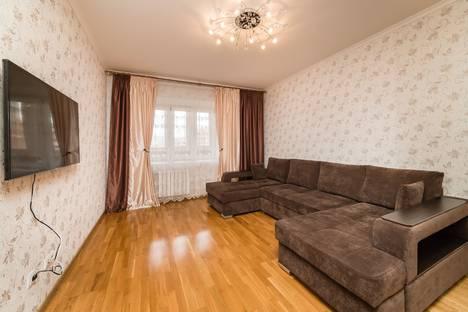 Сдается 1-комнатная квартира посуточно, улица Адоратского, 3Б.
