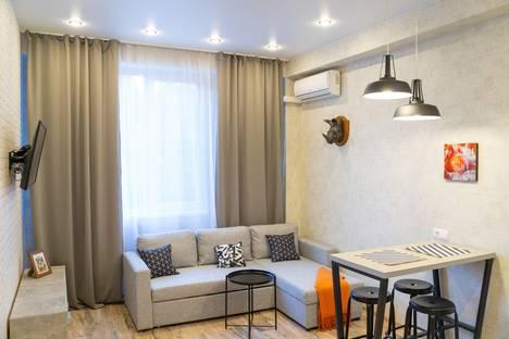Сдается 3-комнатная квартира посуточно в Адлере, Сочи,Цветочная улица, 30.