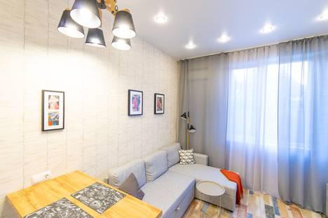 Сдается 3-комнатная квартира посуточно в Адлере, Цветочная улица, 30.