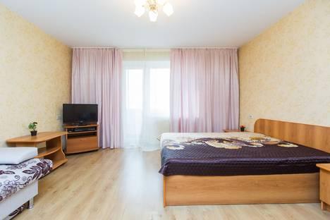 Сдается 1-комнатная квартира посуточно в Челябинске, Луганская улица, 5.