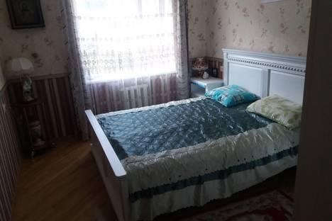 Сдается 3-комнатная квартира посуточно в Агое, садовое товарищество Черноморье, 316.