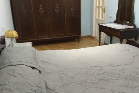 Сдается 3-комнатная квартира посуточно в Ереване, улица Брюсова.