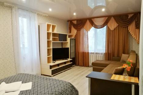 Сдается 1-комнатная квартира посуточно, улица 30 лет Победы, 41.