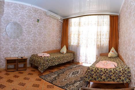 Сдается комната посуточно в Саках, Морская 4.