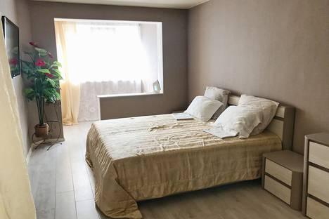 Сдается 1-комнатная квартира посуточно в Гурзуфе, улица Соловьева, 3.
