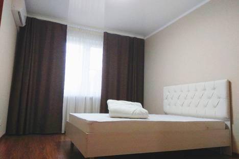 Сдается 2-комнатная квартира посуточно, проспект Карла Маркса, 145.