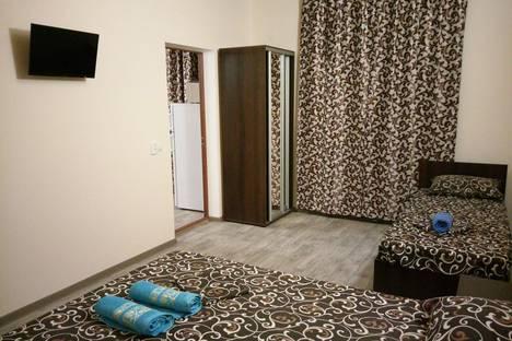 Сдается 2-комнатная квартира посуточно в Судаке, Республика Крым,улица Художников, 6.