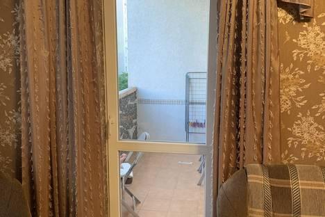 Сдается 2-комнатная квартира посуточно в Евпатории, Республика Крым,улица Демышева, 125.