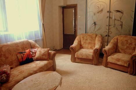 Сдается комната посуточно в Алупке, Республика Крым, городской округ Ялта,улица Изергина, 16.