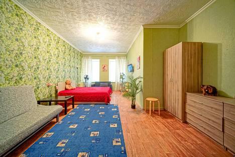 Сдается 1-комнатная квартира посуточно, Вознесенский проспект, 47.