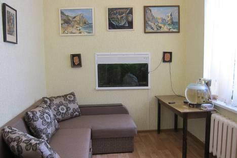 Сдается 2-комнатная квартира посуточно, переулок Лукичева дом 7.