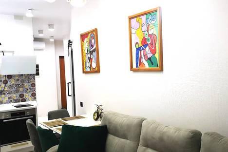 Сдается 2-комнатная квартира посуточно во Владивостоке, улица Крыгина, 94.