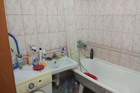 Сдается 2-комнатная квартира посуточно в Аксае, садовая 16.