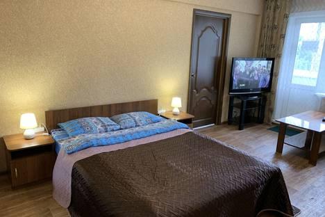 Сдается 1-комнатная квартира посуточно в Ангарске, квартал 92/93, 17.