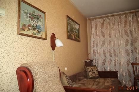 Сдается 2-комнатная квартира посуточно, улица Поэта Майорова, 28.