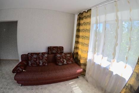 Сдается 1-комнатная квартира посуточно в Комсомольске-на-Амуре, Интернациональный проспект, 11.