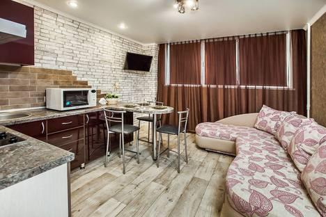 Сдается 2-комнатная квартира посуточно, улица 40 лет Победы, 47В.