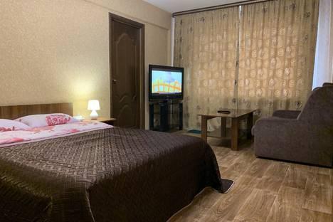 Сдается 2-комнатная квартира посуточно в Ангарске, квартал 92/93, 17.