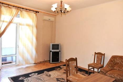 Сдается 1-комнатная квартира посуточно в Ереване, Yerevan, Sayat Nova Avenue, 18.