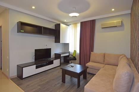 Сдается 1-комнатная квартира посуточно в Нур-Султане (Астане), Ереван улица Пушкина 49.