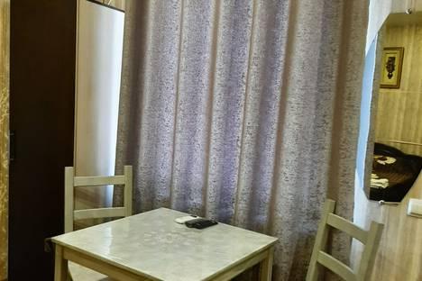 Сдается 1-комнатная квартира посуточно в Таганроге, переулок Мало-Садовый 16.