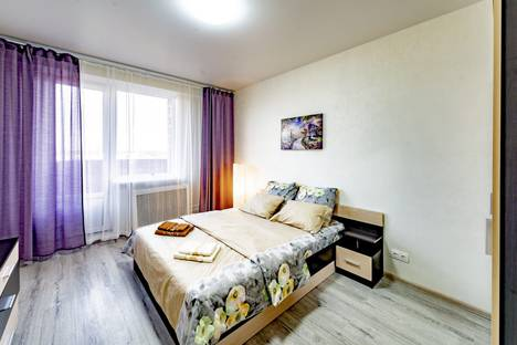Сдается 2-комнатная квартира посуточно, Московская область,Городская улица,20.