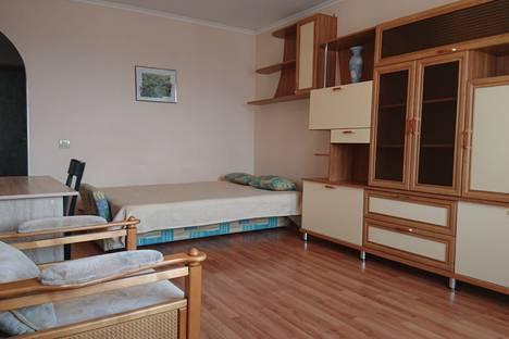 Сдается 1-комнатная квартира посуточно в Краснодаре, Старокубанская улица, 123/1.