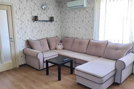 Сдается 3-комнатная квартира посуточно в Тольятти, Самарская область,Ленинский проспект, 40.