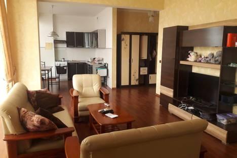 Сдается 3-комнатная квартира посуточно в Актобе, 12-й микрорайон, 38А.