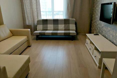 Сдается 1-комнатная квартира посуточно в Новосибирске, улица Кирова, 32.