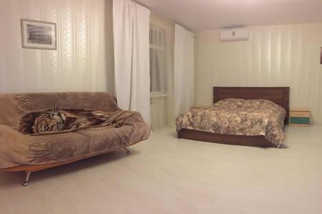 Сдается 2-комнатная квартира посуточно, улица Тимирязева, 35.