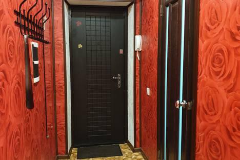 Сдается 2-комнатная квартира посуточно, Комсомольская улица, 44С1.