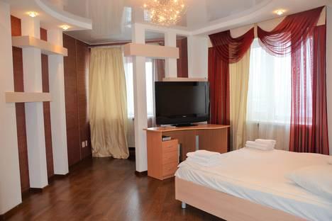 Сдается 1-комнатная квартира посуточно в Брянске, Красноармейская улица, 100.