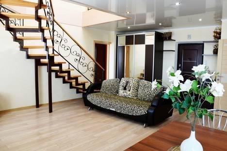 Сдается 3-комнатная квартира посуточно в Брянске, Красноармейская, 100.
