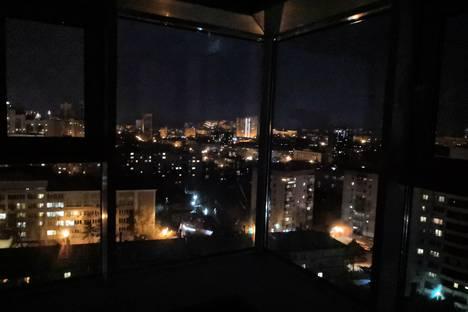Сдается 1-комнатная квартира посуточно в Хабаровске, Кустарный переулок, 6А.