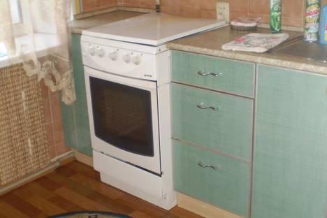 Сдается 2-комнатная квартира посуточно в Дзержинске, ул.Гайдара 26.