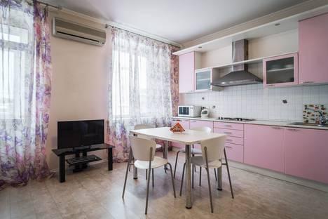 Сдается 1-комнатная квартира посуточно в Самаре, Некрасовская,15.