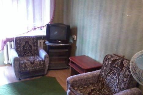 Сдается 1-комнатная квартира посуточно в Новочеркасске, островского 6.