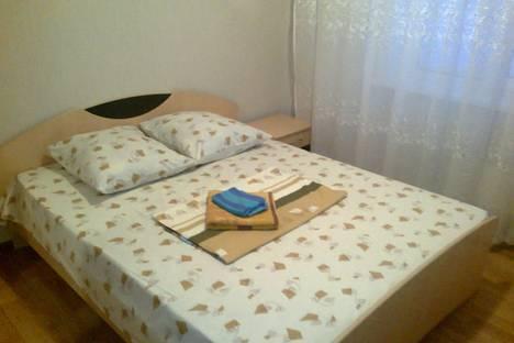 Сдается 2-комнатная квартира посуточнов Ноябрьске, ул. Изыскателей, 40Б.
