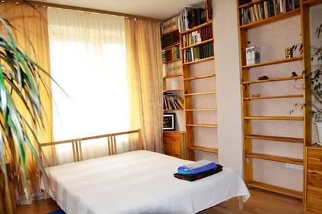 Сдается 3-комнатная квартира посуточнов Екатеринбурге, Радищева 33.